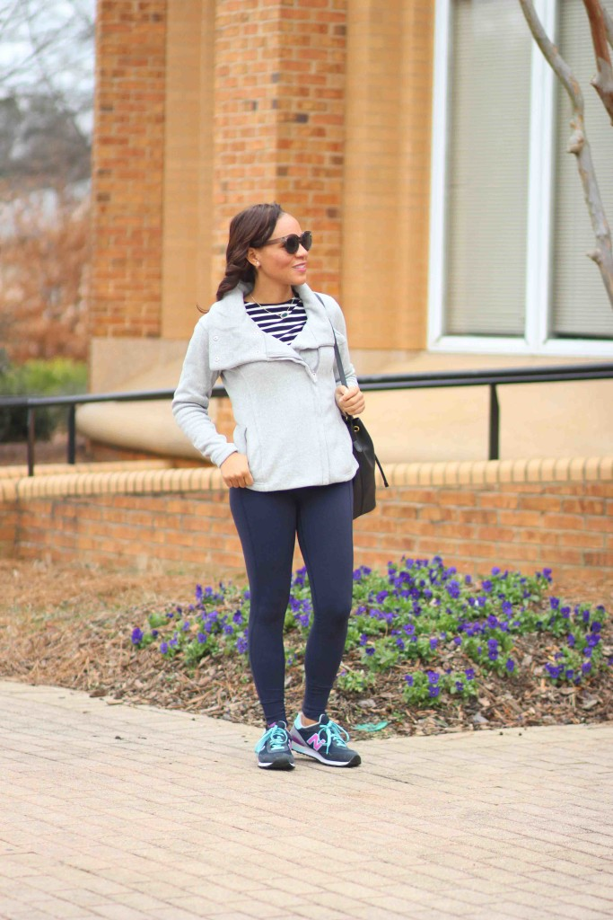 how-to-wear-leggings-with-sneakers
