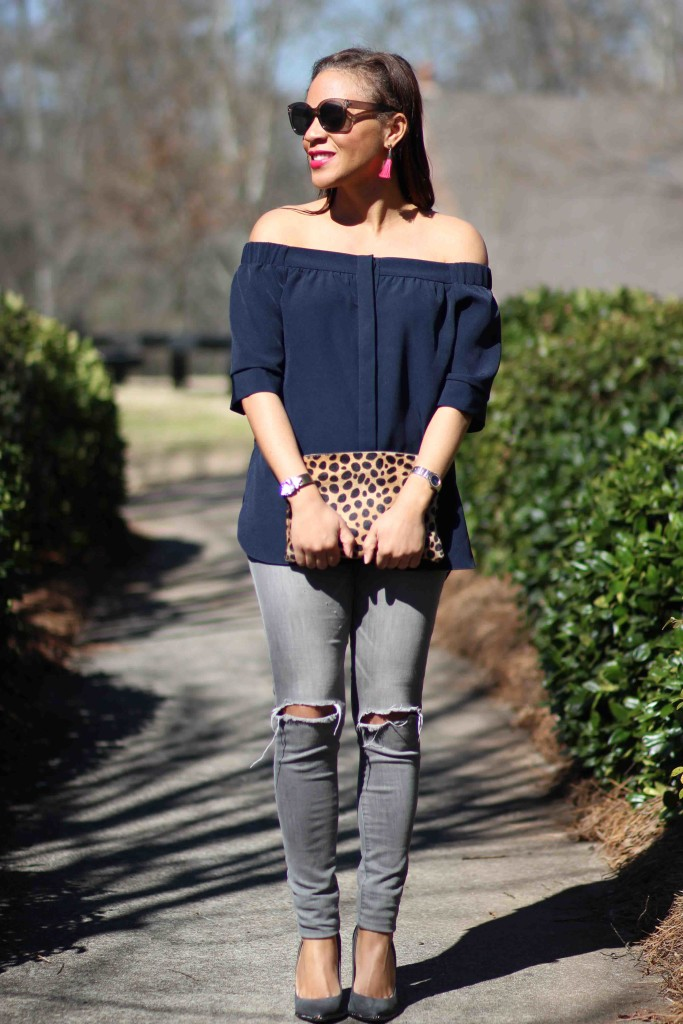 off-the-shoulder-tops-with-skinny-jeans