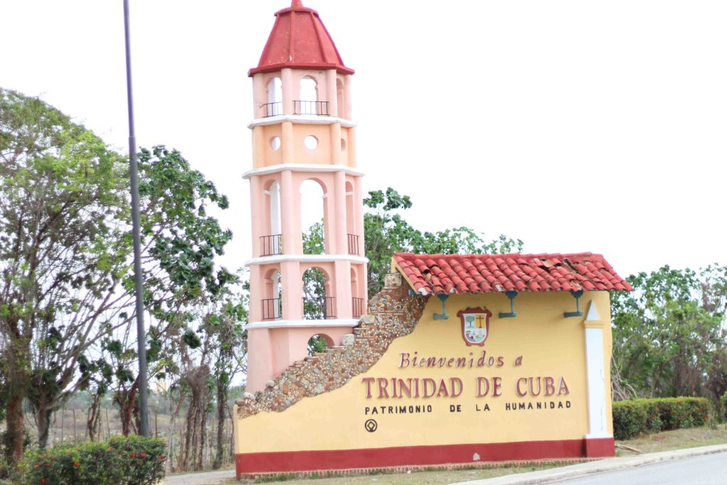 what to do in Trinidad Cuba, trinidad cuba welcome sign, trinidad cuba travel guide, 3 days in trinidad cuba