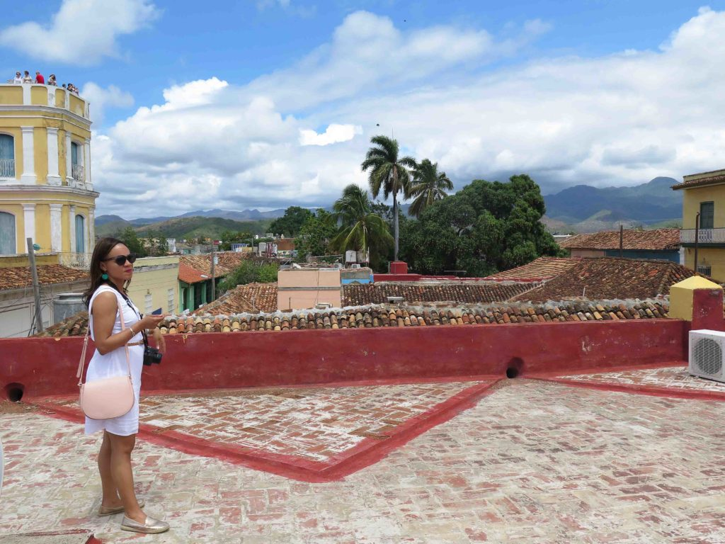 what to do in Trinidad Cuba, galeria del arte trinidad cuba, trinidad cuba travel guide, 3 days in trinidad cuba, old navy white sleeveless dress, gold target espadrilles