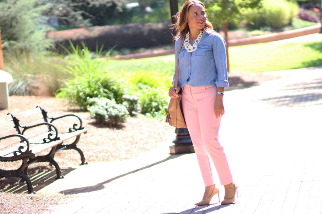 fall blush pants outfit, old navy denim shirt womens, zara nude suede heels, old navy camel bucket bag, loft blush pants